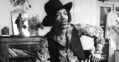 Bang & Olufsen, Lowther and Leak recreate Jimi Hendrix's original home stereo