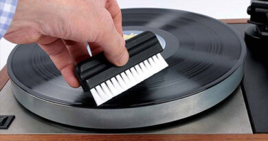 Russ Andrews introduced accessories for cleaning vinyl discs and styluses