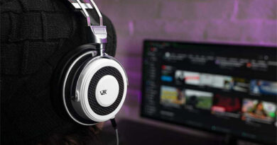 VZR Model One audiophile gaming headset