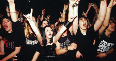 Study: Heavy music fans were among the happiest and friendliest people