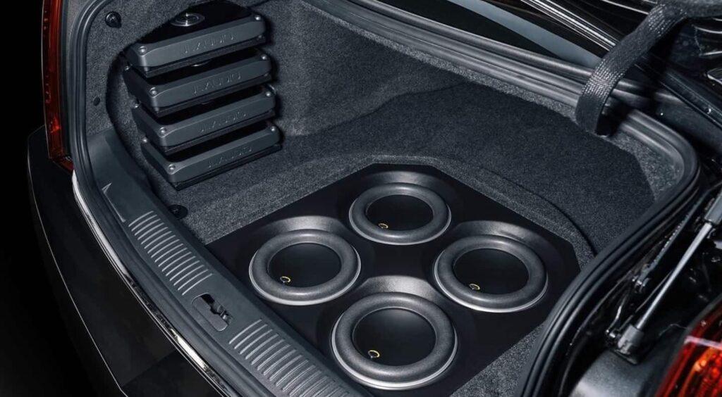 ACCA1-04 Audiophile Sedan