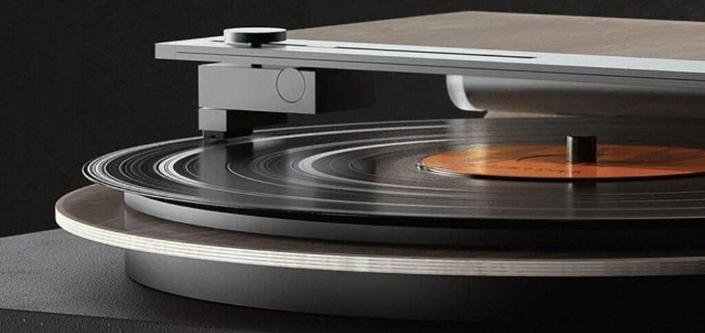 Design turntable by Cameron Bresn