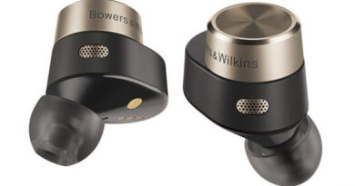 Bowers & Wilkins PI5 and PI7