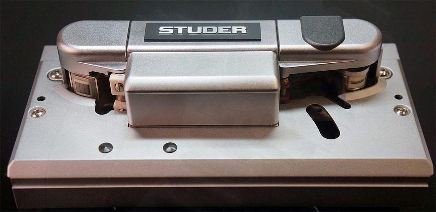 Studer A810