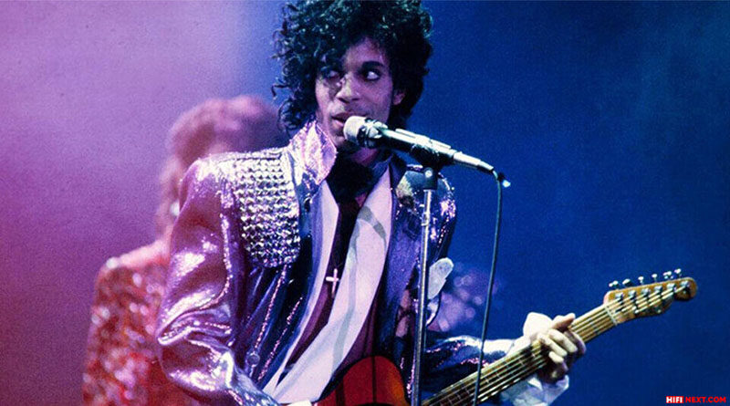 The Prince Estate and Paris Saint-Germain have prepared an exclusive clothing line and a record with rare recordings of Prince
